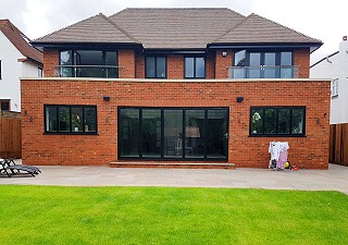 Aluminium windows in black